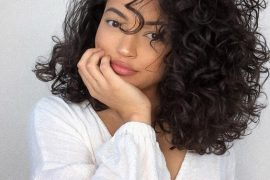 Wonderful Curly Hairstyles for Medium Hair to Try Right Now