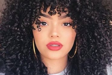 Modern Style of Black Curly Hair for Gorgeous Look