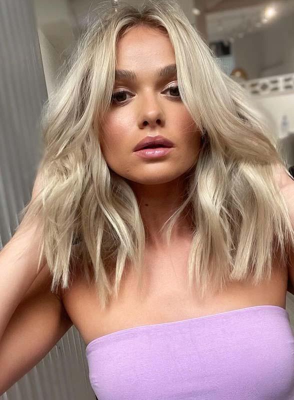 Elegant Medium Length Haircuts for Girls