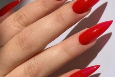 Fresh 2021 Stiletto Nails for Every Young Girls