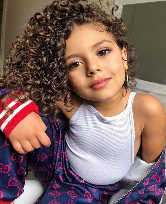 Fresh Kids Curly Hair Trends to wear Now