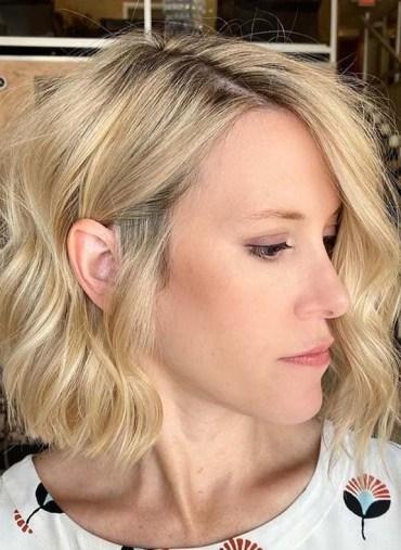 Fresh Golden Blonde Hair Colors for Short Hair