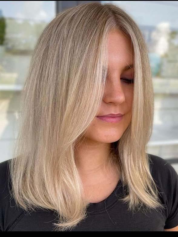 Adorable Medium Length Blonde Hair Styles