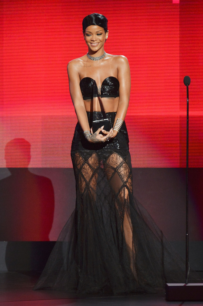 Rihanna- Jean Paul Gaultier Couture