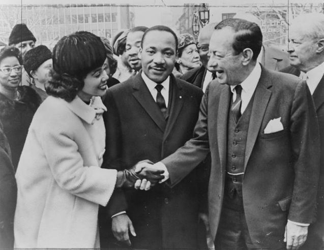 Coretta_Scott_King_and_Martin_Luther_King_and_Robert_F._Wagner_NYWTS Wikipedia