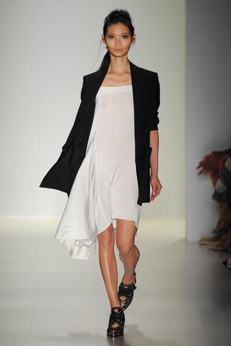 MW_Uneven_Dress
