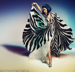 Nicki-Minaj-Roberto-Cavalli-Style-Stamped-3