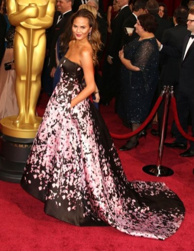 Chrissy in Monique Lhuillier at Academy Awards 2014 Photo: Fame Flynet Pics