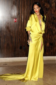 STyleStamped-Rihanna-red-carpet-ALEXANDRE-VAUTHIER-COUTURE-yellow-dress-Clive-Davis-2014-Pre-Grammy-party