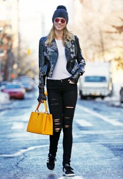 karlie-klosss-gorgeous-printed-moto-is-everything-youre-looking-for-1638184-1454008798-640x0c