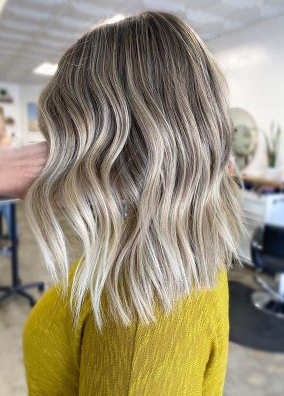 Grogeous Medium Textured Blonde Haircuts for Women 2020