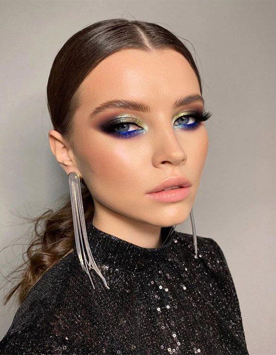 Stylish & Elegant Makeup Ideas for Teenage Girls