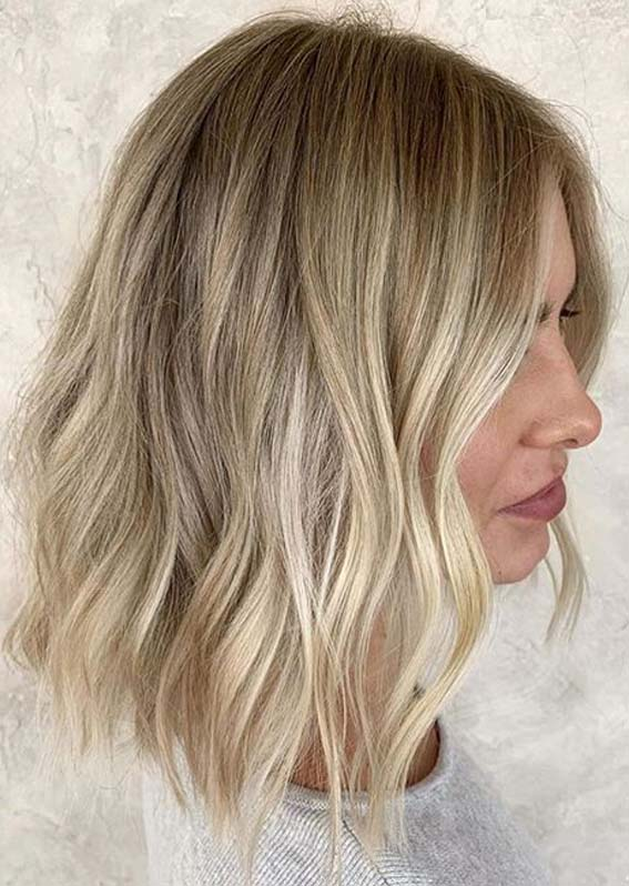 Cutest Short to Medium Blonde Haircuts for Women 2020
