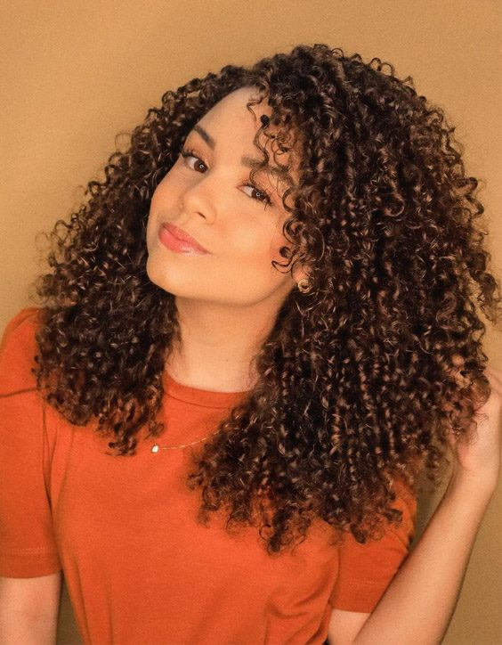 Adorable & Charming Curly Hair Trends for 2020