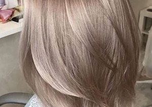 Fresh Hair Color Highlights for Medium Hair