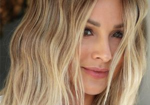 Modern Blonde Highlights & Hair Trends for 2021