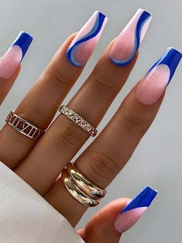 Beautiful Nail Arts and Designs to Show Off