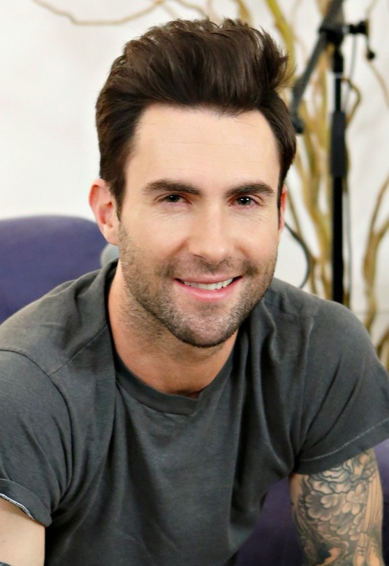 Adam Levine's Haircuts - Cool Hairstyles for Men | Styles ...