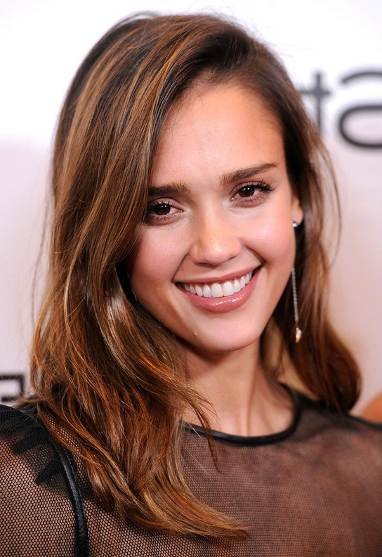 Jessica Alba Latest Sweet Side Parting Layered Hairstyle