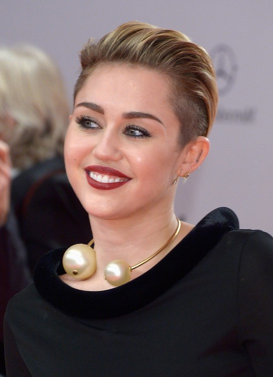 Miley Cyrus Haircut Back