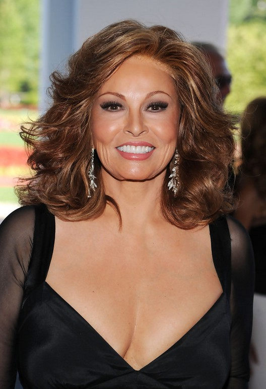 Raquel Welch Feathered Flip Hairstyle With Curls For Older