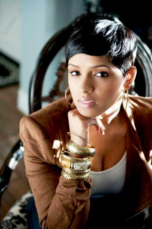 Short Sleek Hairstyle with Bangs for African American Women
