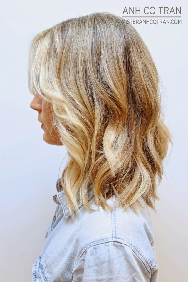 20 fashionable medium hairstyles for women | styles weekly