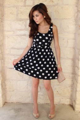40 Ways to Make Black and White Work for You     Trendy outfit Ideas     Black and white polka dot dress
