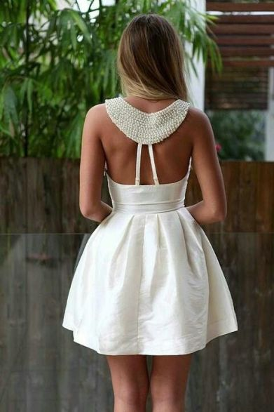 Cocktail dress with a detailed back