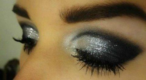 Silver Shimmer Eye Makeup Idea