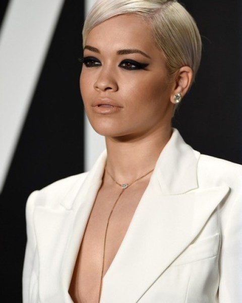 Rita Ora Side Parted Short Hairstyle