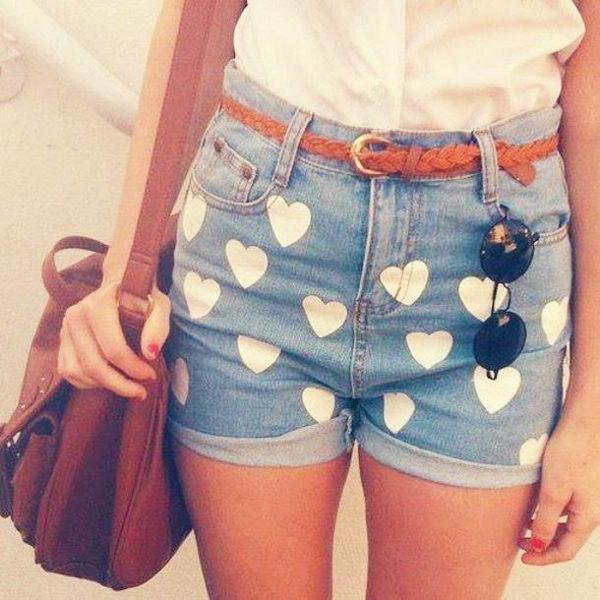 7 heart shorts - 20 Cool DIY Shorts Ideas for Girls