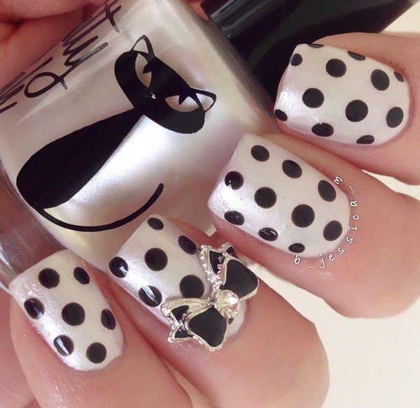 10 black and white nail designs - 80+ Black And White Nail Designs