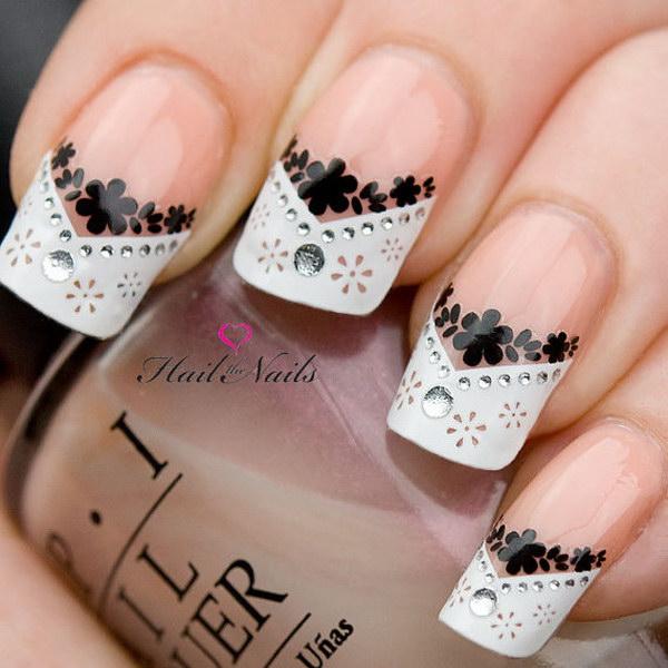 83 black and white nail designs - 80+ Black And White Nail Designs