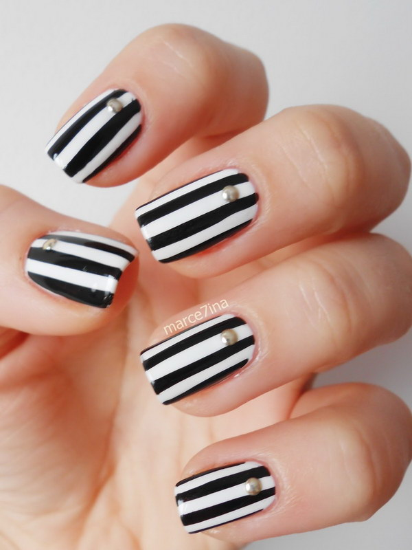 85 black and white nail designs - 80+ Black And White Nail Designs
