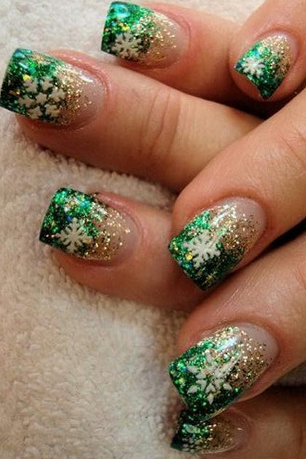 29 christmas nail art designs - 50 Festive Christmas Nail Art Designs