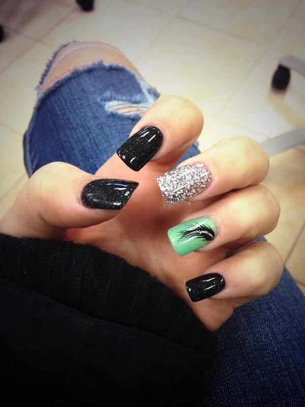 Black Silver And Sea Green Feather Nail Art Design