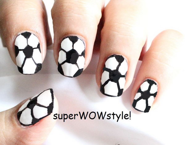 29 black and white nail art - Black and White Nail Art Designs – Perfect Match For Any Parties
