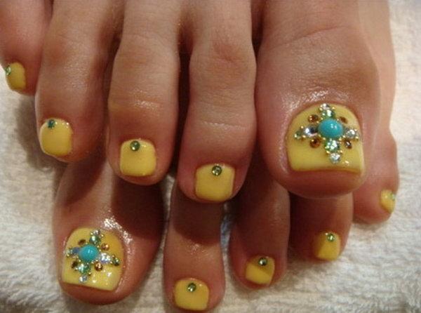 23 toe nail art designs - 60 Cute & Pretty Toe Nail Art Designs
