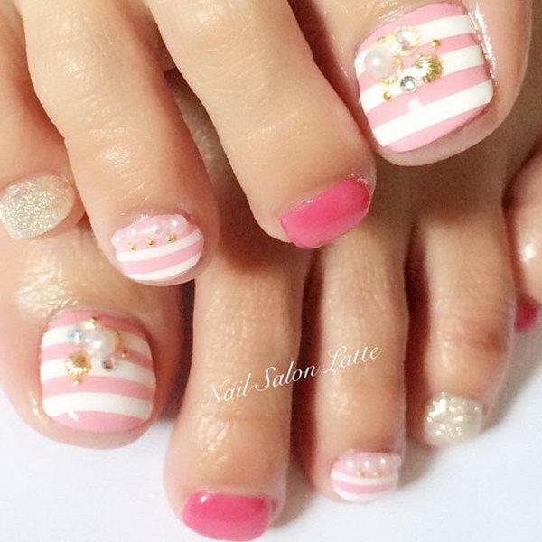 32 toe nail art designs - 60 Cute & Pretty Toe Nail Art Designs