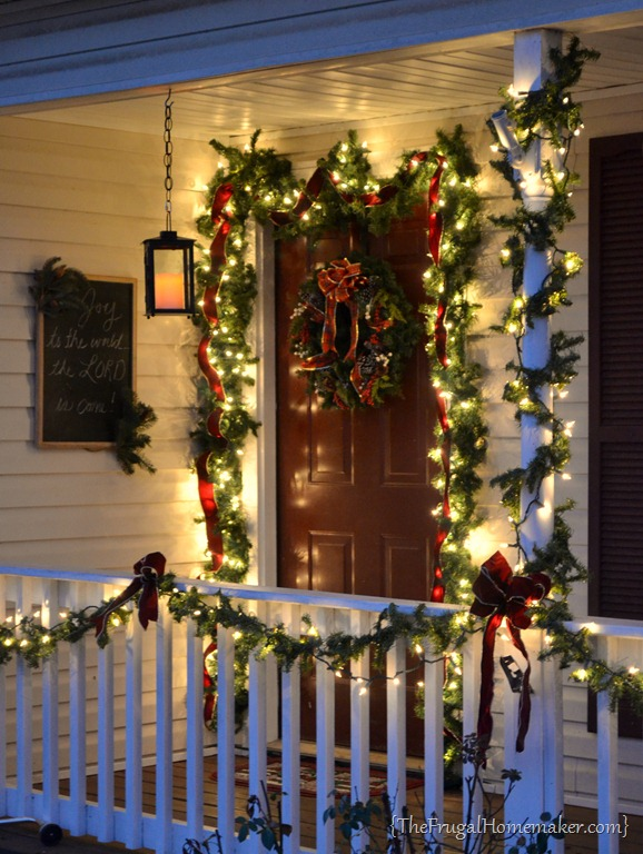 40+ Festive Outdoor Christmas Decorations on Patio Decorating Ideas With Lights  id=84004