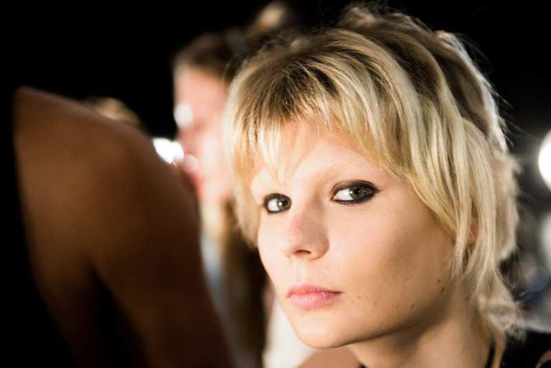Prabal Gurung SS17 NYFW runway makeup tutorial by MAC Cosmetics.