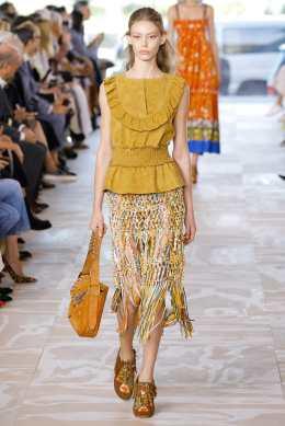 Tory Burch SS17 New York Fashion Week Trends Image via Vogue.com