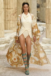 # Most Inspiring Looks from Resort 2018 Runway Collections 14