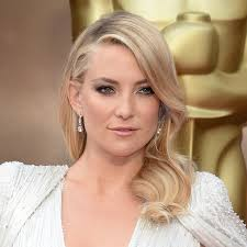 Kate Hudson looked flawless at this year's Oscars.