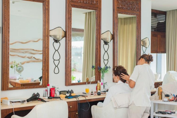 salon woman hair makeup bride