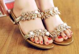 Eid Sandals Footwear Shoes Designs For Women 2015 5