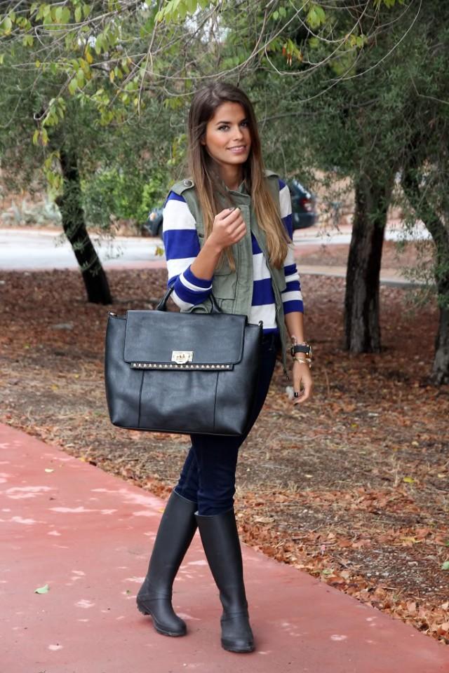 winter boots wit handbag