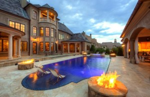 Luxury Pool Ideas For Your Homes