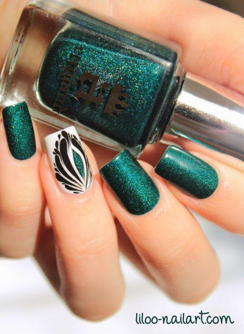 Emerald Green Nail Art Designs To Be Used In This Season